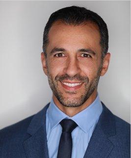 Dr Arash Ari Nowain
